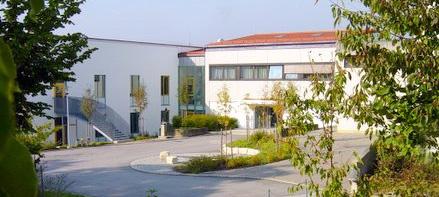 Schule_Eingang